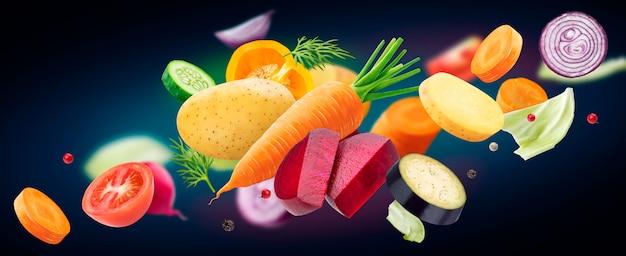 Dalende mix van verschillende groenten, aardappelen, kool, wortelen, bieten en ui met geïsoleerde kruiden en specerijen
