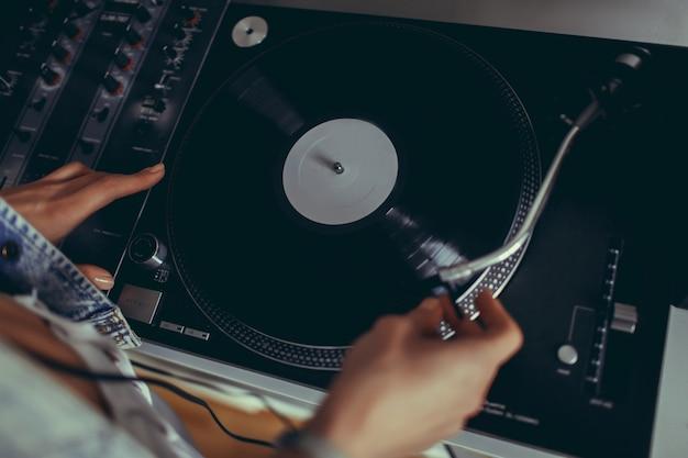 Dames heaphones vinyl