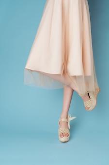 Dames voeten jurken mode schoenen close-up