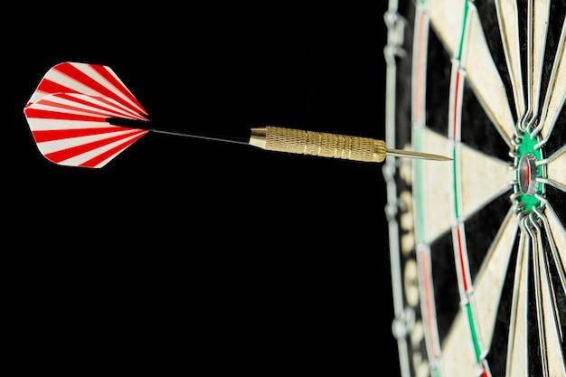 Darts in het midden van het bord