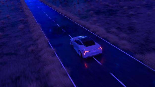 De auto snelt met hoge snelheid langs de asfaltweg langs de woestijn in een fabelachtige zonsondergang met een magische blauwe tint. 3d illustratie