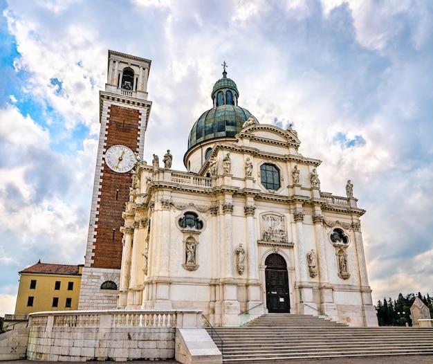 De basiliek van sint-maria van de berg berico in vicenza, italië
