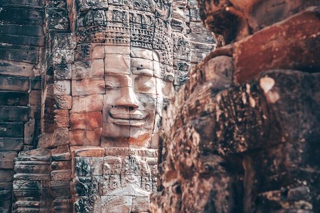 De bayon - khmer-tempel in angkor wat in cambodja