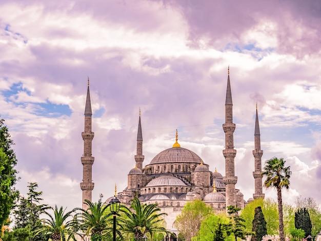 De blauwe moskee, (sultanahmet camii), istanbul, turkije