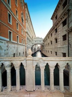 De brug der zuchten in venetië, italië
