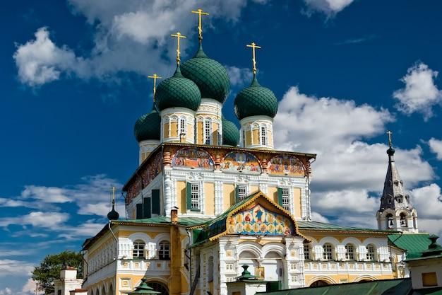 De christelijke kerk in stad tutaev, rusland