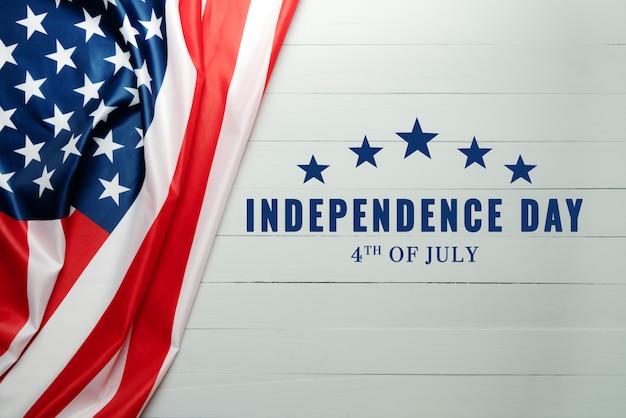 De dag van de onafhankelijkheid van de verenigde staten 4 juli concept, vlag van de verenigde staten van amerika