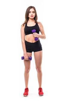 De dame toont oefeningen voor sterk geïsoleerd lichaamscijfer aan