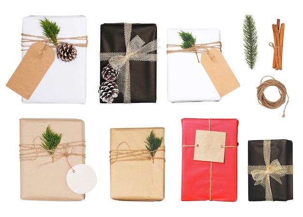 De doos van de gift van kerstmis met groet-tag