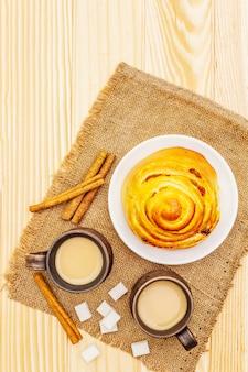 De drankconcept van de zoete koffie heet herfst