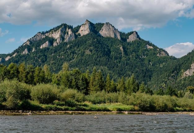 De dunajec-rivier in polen