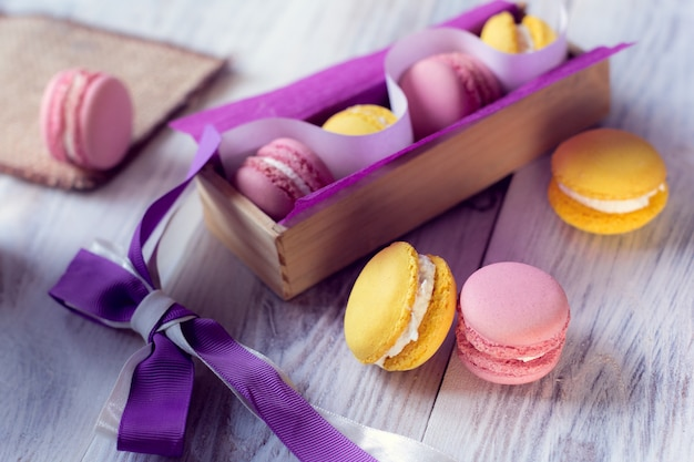 De franse traditie - kleurrijke bitterkoekjes