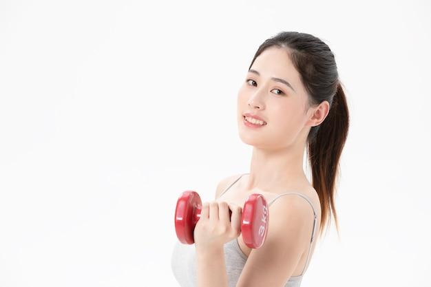 De frisse uitstraling van een jonge vrouw die traint