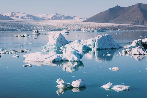 De gesmolten gletsjer in ijsland