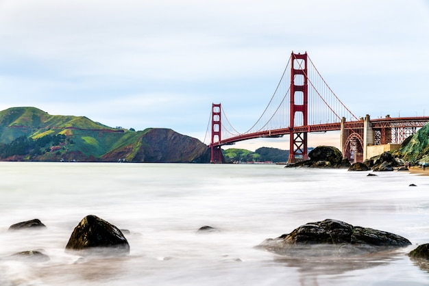 De golden gate bridge in san francisco, californië, de verenigde staten