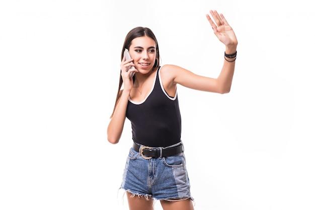 De grappige dame maakt kortom selfie op haar geïsoleerde telefoon