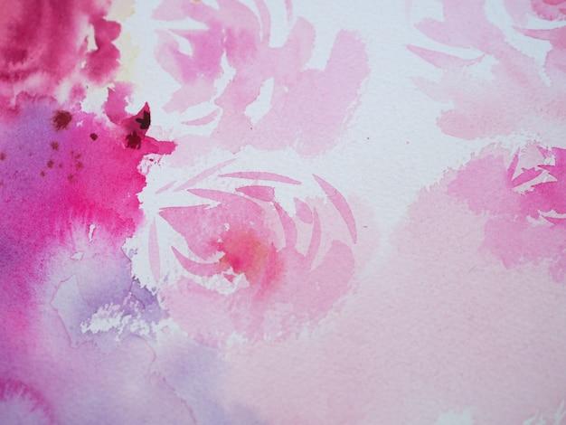 De hand trekt het schilderen van de bloem van waterverf roze rozen op de abstracte achtergrond van de witboekillustratie en geweven de bloemen van de decoratiewaterverf.