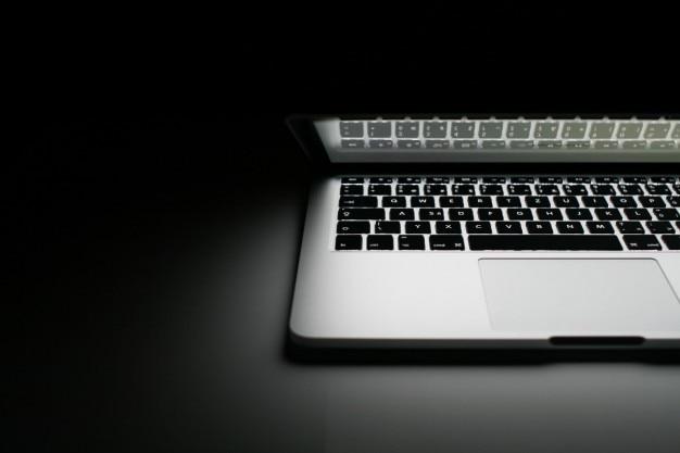 De helft van de macbook pro 2013