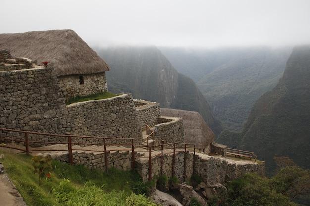 De hellingen van de ruïnes van machu picchu. peru