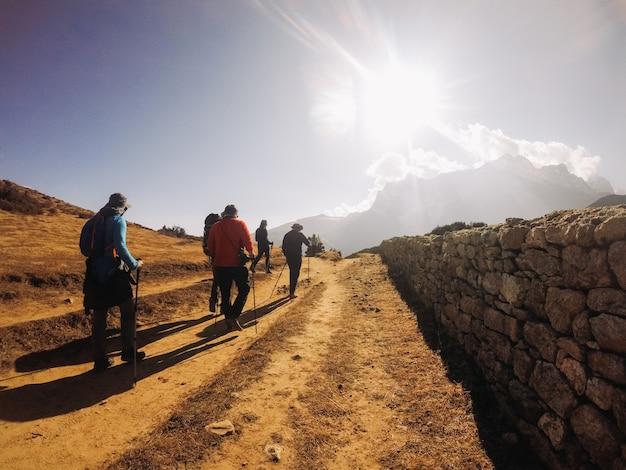 De himalaya's zijn de hoogste bergen op aarde