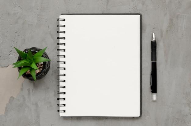 De hoogste mening van doorbladert concept met exemplaarruimte