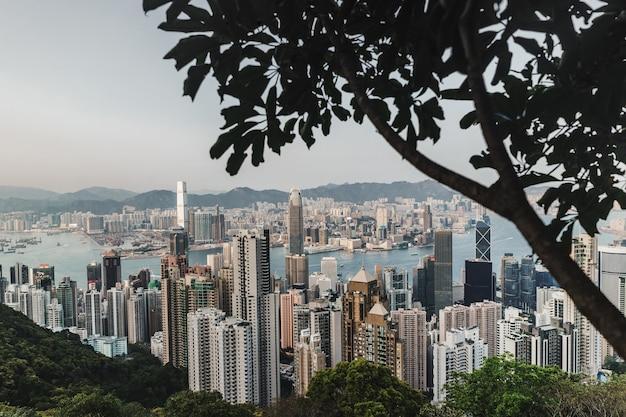 De horizon van hongkong. uitzicht vanaf victoria peak.