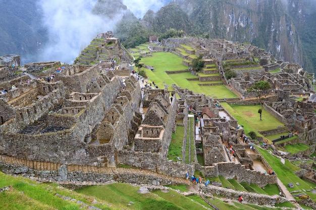 De inca-ruïnes van machu picchu in cusco-gebied, urubamba-provincie, peru, archeologische plaats