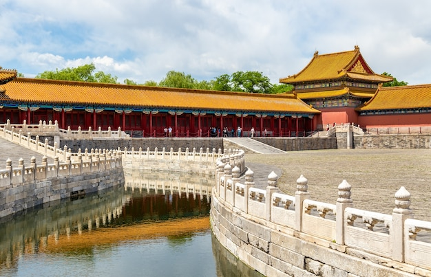 De inner golden water river in de verboden stad, peking - china