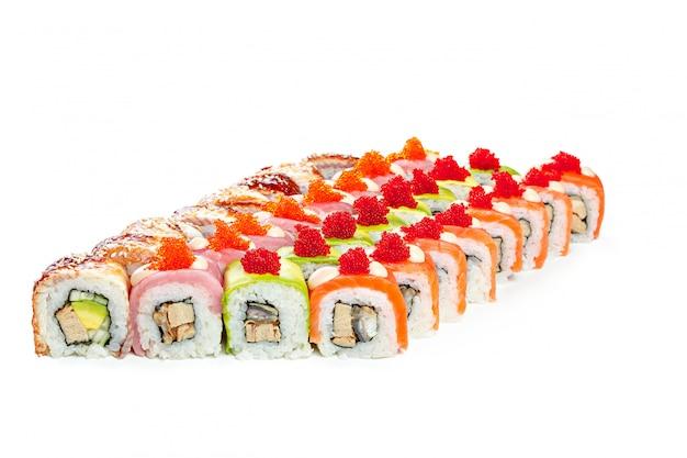 De inzameling van sushistukken op wit
