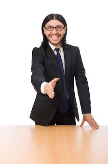 De jonge die zakenman schudt hand op wit wordt geïsoleerd