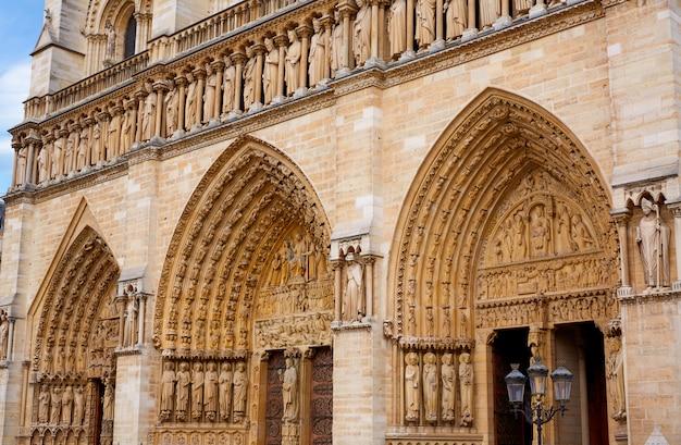 De kathedraal van notre dame in parijs frankrijk