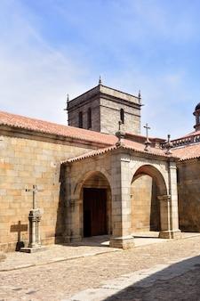 De kerk van la asuncion, la alberca, provincie salamanca, castilla-leon, spanje