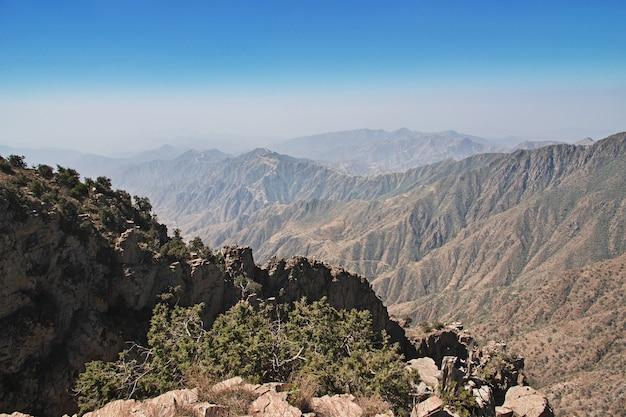 De kloof van de regio asir, het uitzicht vanuit het gezichtspunt, saoedi-arabië
