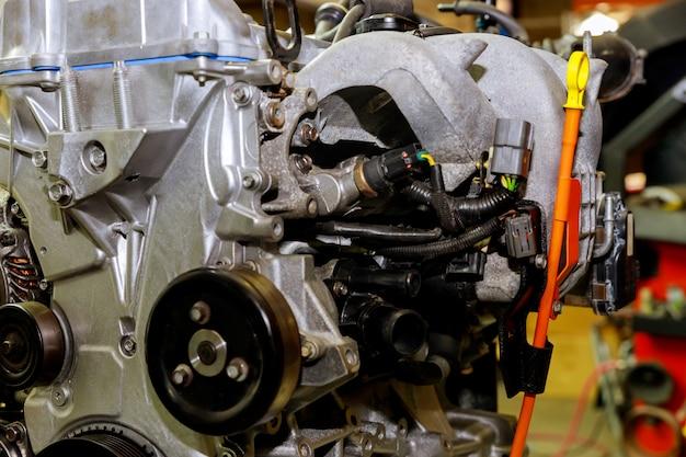 De krachtige motor van een auto