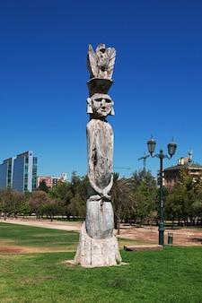 De kunst in parque arauco in santiago, chili