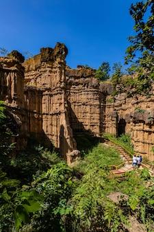 De kunst van de natuur, pha chor grand canyon in de provincie chiang mai, thailand
