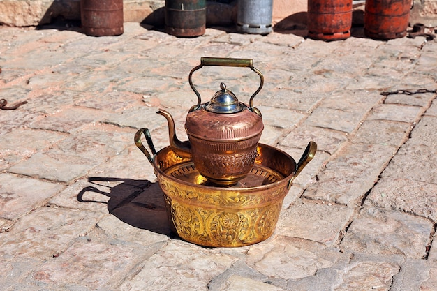 De lokale markt in ghardaia-stad, de saharawoestijn, algerije
