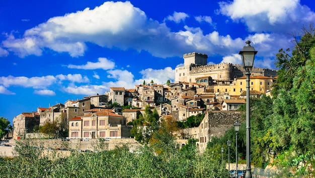 De mooiste middeleeuwse steden van italië, sermoneta