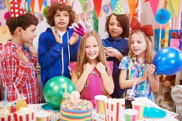 De negende verjaardag breng ik door met mijn beste vrienden
