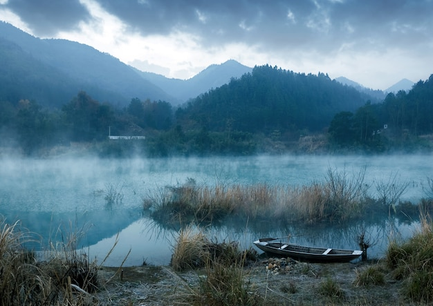De ochtend van het meer