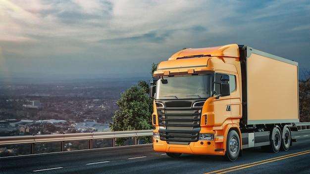De oranje vrachtwagen reed over de weg.