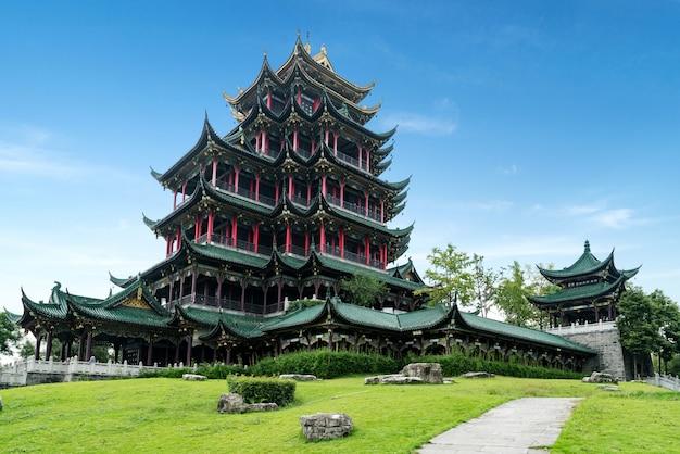 De oude pagode van de architectuurtempel in het park, chongqing, china