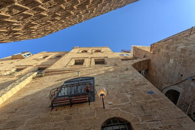 De oude smalle straatjes van jaffa. israël