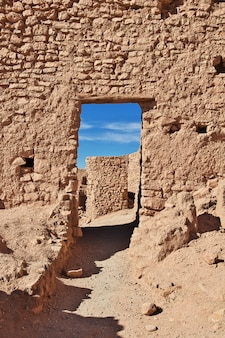 De oude vesting in de woestijn van de sahara, algerije