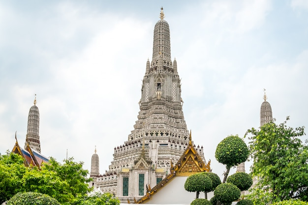 De prangs van wat arun-tempel. bangkok, thailand.