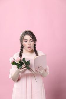 De rozen van de vrouwenholding geschokt door wat zij in boek leest