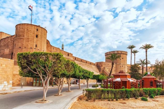 De saladin citadel van de ingang van caïro, egypte.