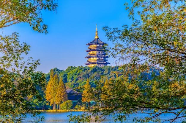 De schoonheid van de pagode van west lake