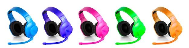 De set van gekleurde hoofdtelefoon met microfoon geïsoleerd dan wit