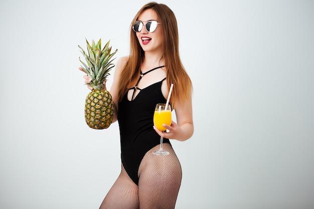 De sexy vruchten van de vrouwenholding